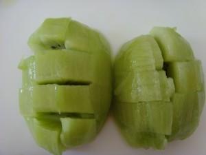 Коктейль с креветками и тропическими фруктами