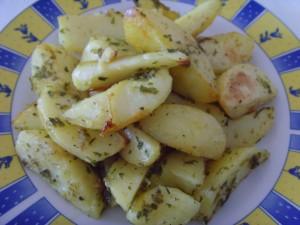 Картофель в духовке с горчичным соусом