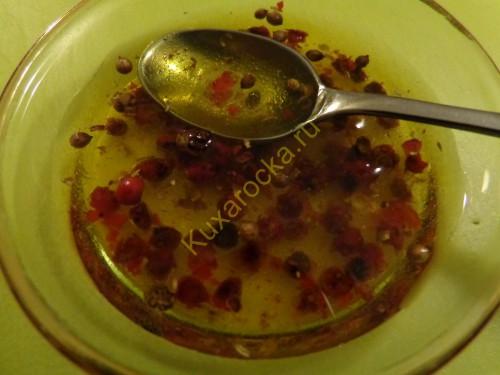 Salat-iz-mango-s-vetchinoj-i-svezhim-syrom