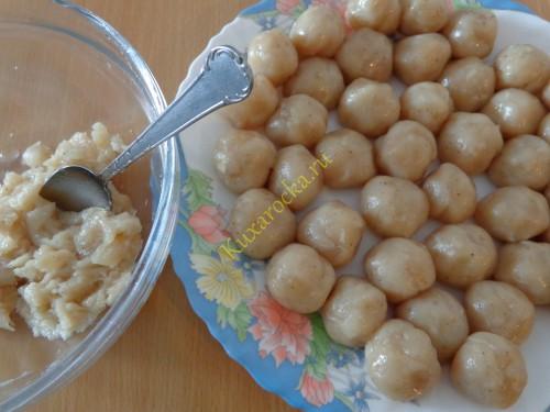 Sup-s-kyrinymi-frikadelkami-recept
