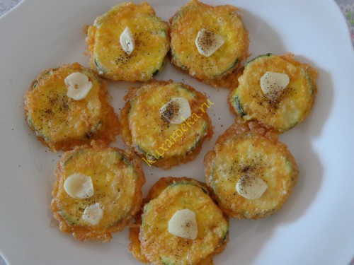 kabachki-zharenye-s-plavlenym-syrom