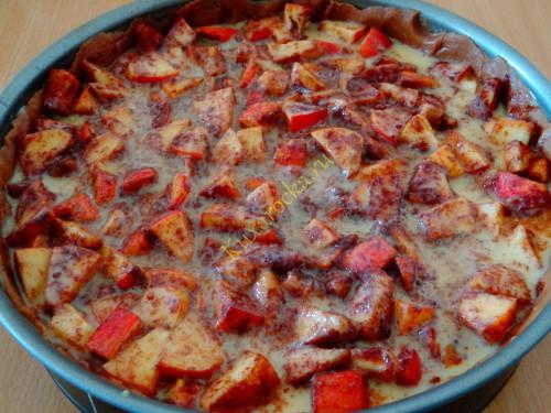 Shokoladno-yablocnyj-pirog-recept