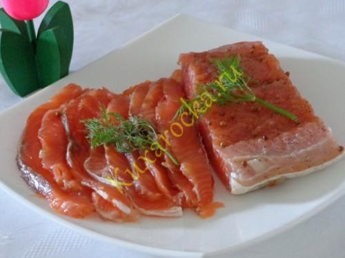 pryanyj-malosolnyj-losos