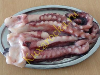 Салат с щупальцами кальмара консервированного - Праздничные рецепты года