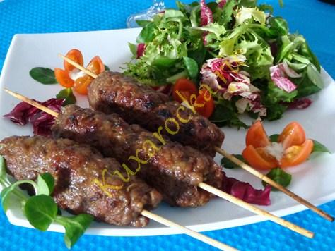 lyulya-kebab-doma-na-grile