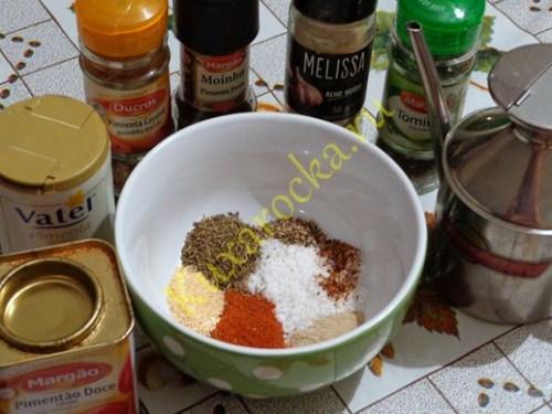 kurica-zapechennaya-v-duxovke-recept-s-foto