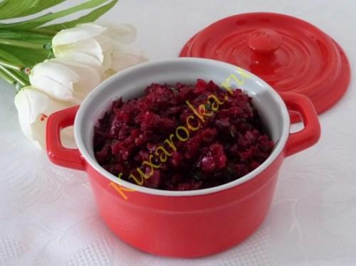 recept-svekolnoj-ikry-s-solenymi-ogurcami